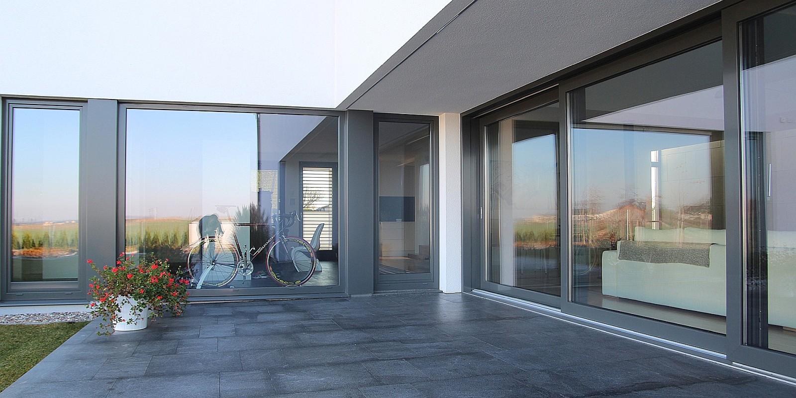 slide02_okna_drewniane_aluminiowe_Pozbud